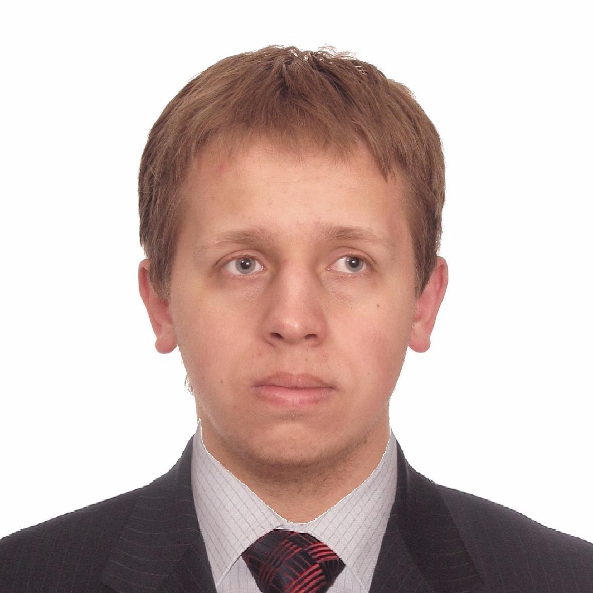Максим Казаков